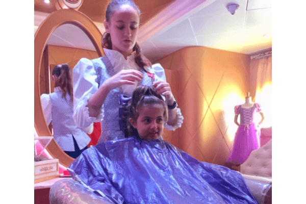 Princess makeover at Bibbidi Bobbidi boutique